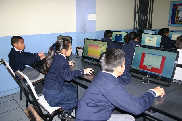 Sala de computo 2